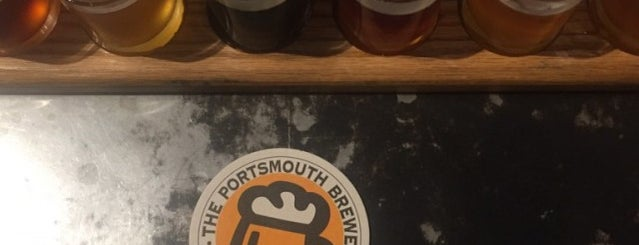 Portsmouth Brewery is one of Locais curtidos por Emily.