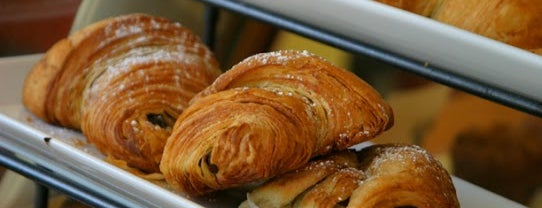 Wheatberry Bakery & Cafe is one of Lugares guardados de PlasticOyster.
