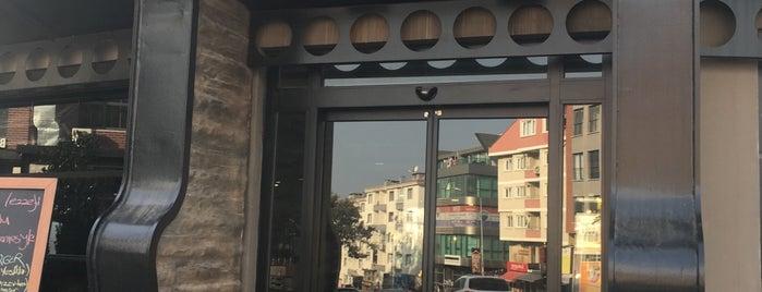 Uluabat Butcher&Steakhouse is one of Lugares favoritos de Sedat.