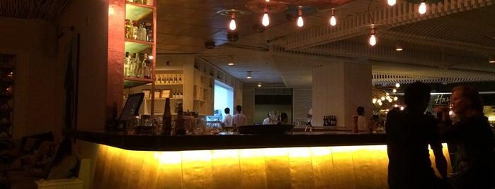 Marea Seafood, Grill & Bar is one of Posti che sono piaciuti a Javier.