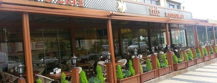 Titiz Pasta & Cafe is one of Tempat yang Disukai Bulent.
