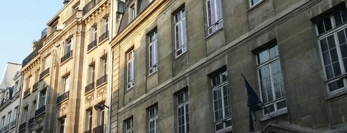 Hôtel Bel Ami is one of Fred and Joanne's Europe Trip Fall 2014.