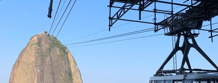 Pão de Açúcar (Sugarloaf Mountain) is one of Brasil Eu Te Amo.