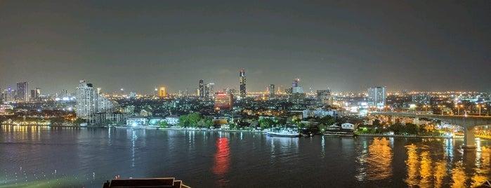 AVANI+ Riverside Bangkok Hotel is one of 동현'ın Beğendiği Mekanlar.