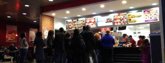 Burger King is one of Tempat yang Disukai Valeria.