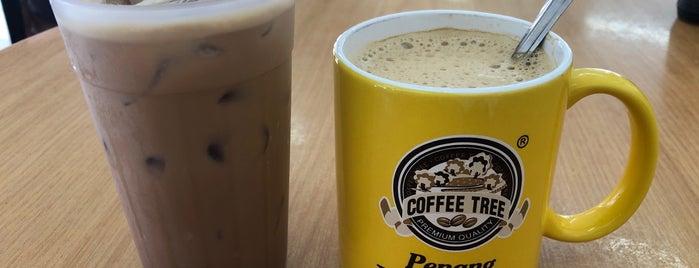 Sin Guat Keong Coffee Shop 新月宫茶室 is one of Penang.
