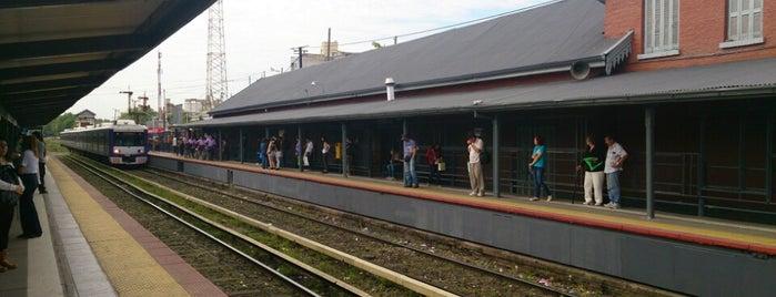 Estación San Martín [Línea Mitre] is one of Estaciones Tren Linea Mitre J.L. Suarez.