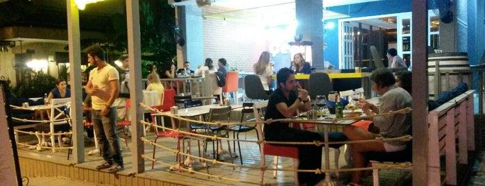 Çeli Cafe & Restaurant is one of Selin'in Beğendiği Mekanlar.