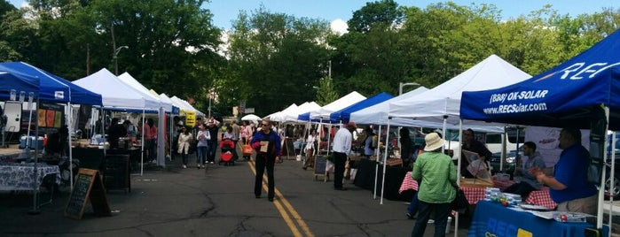 Bronxville Farmers' Market is one of Pelham.
