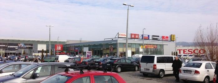 Stop.Shop is one of Tempat yang Disukai Galia.