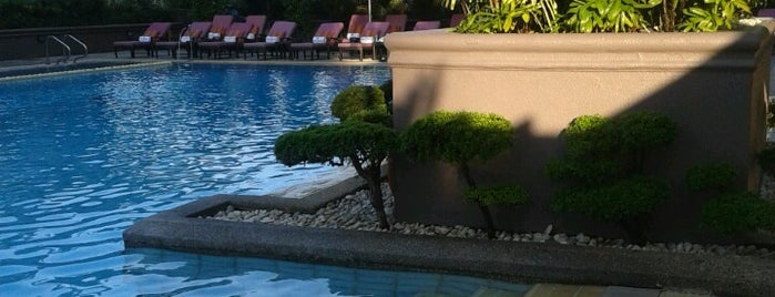 Swimming Pool, Makati Shangri-la is one of Shank 님이 좋아한 장소.