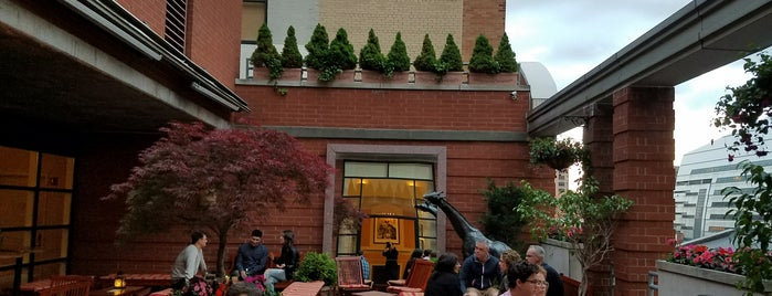 Hotel Giraffe Roof Deck & Garden is one of Outdoor NYC.