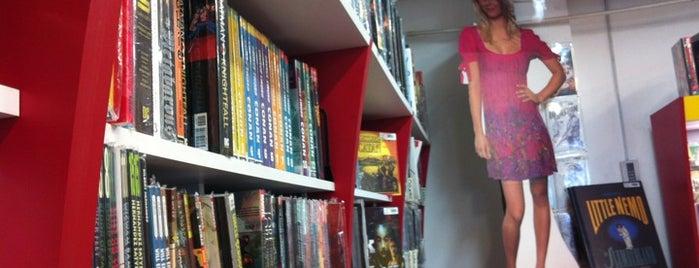 Fantástico is one of Librerías.