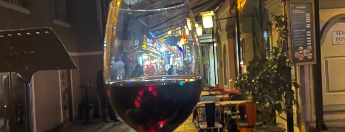 vosvos cafe bar is one of İstanbul Yeme&İçme Rehberi - 4.
