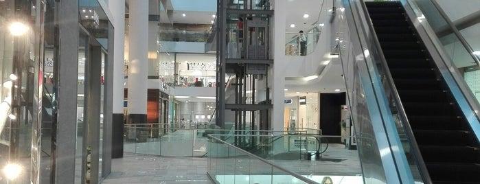 Atrio Mall is one of Tempat yang Disukai Omar.