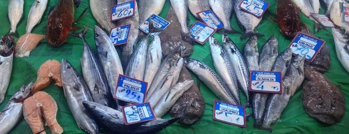 Balıkçınız Şafak is one of İşimiz gücümüz yemek.