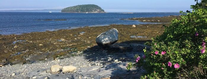 Shore Path is one of Orte, die Charles gefallen.