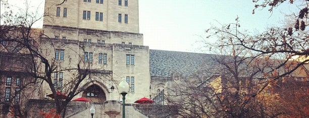 Indiana Memorial Union is one of Jared's Liked Places.