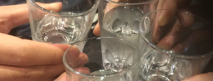 日本酒原価酒蔵 is one of Masahiroさんのお気に入りスポット.