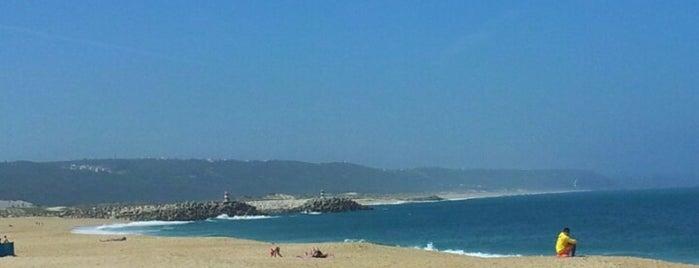 Praia da Nazaré is one of Favorite Places Around the World.