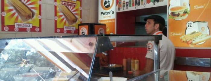 Peter's Hot Dogs is one of Locais curtidos por Alejandro.