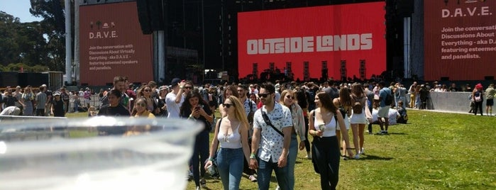 Lands End Stage is one of Outside Lands.