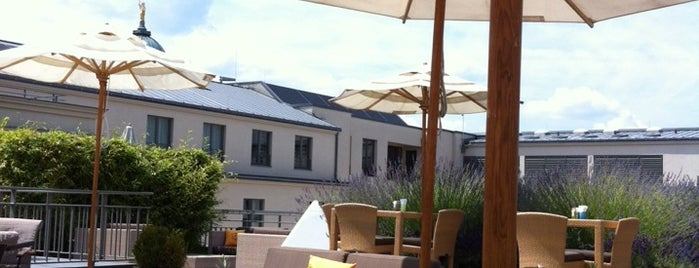 Hotel de Rome is one of Les plus beaux rooftops !.