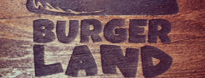 Burger Land | برگرلند is one of Lieux qui ont plu à Nora.