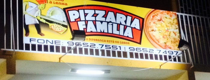 Pizzararia Família is one of Locais curtidos por Joziel.