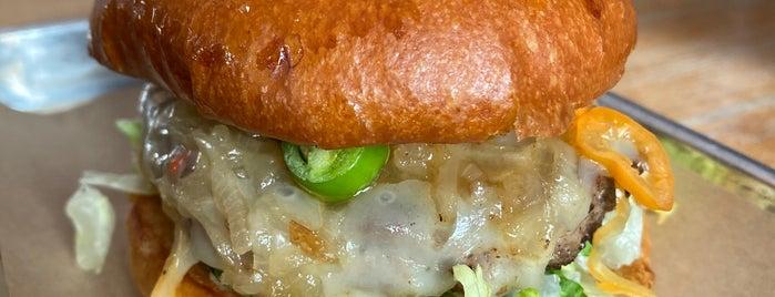 Hopdoddy Burger Bar is one of Locais curtidos por Tim.