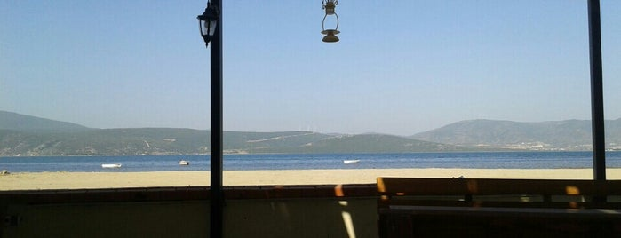 Fısıltı Cafe & Kahvaltı is one of สถานที่ที่ Fatih ถูกใจ.