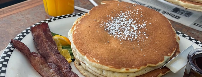 Black Bear Diner is one of Must Try.