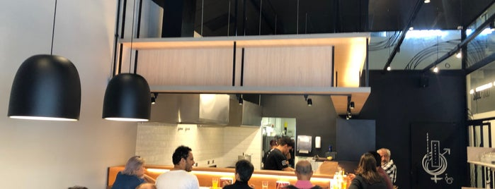 JoJo Lab is one of Fernando'nun Beğendiği Mekanlar.