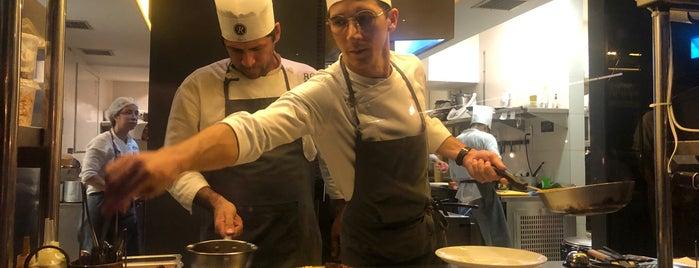 Cozinha Roccia is one of Posti che sono piaciuti a Edward.