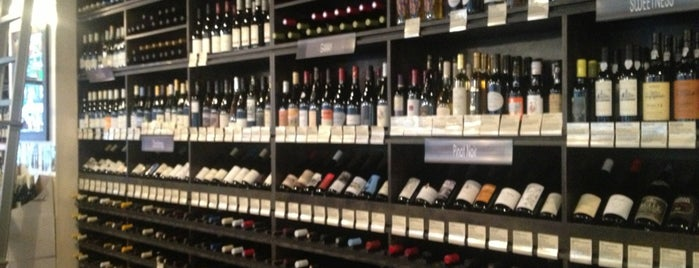Buzz Wine Beer Shop is one of LA Weekly.