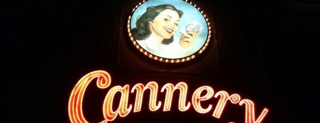 Cannery Hotel & Casino is one of Daniel'in Beğendiği Mekanlar.