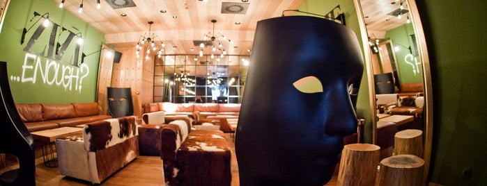 Zizi Bubbles & Tapas is one of Must See in Budapest !.
