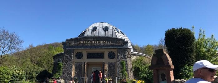 Nibelungenhalle is one of Orte, die Jochen gefallen.
