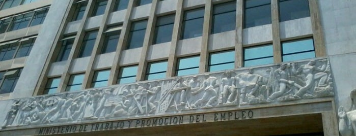 Ministerio de Trabajo y Promoción del Empleo is one of Julio D. : понравившиеся места.