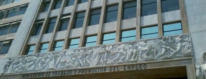 Ministerio de Trabajo y Promoción del Empleo is one of Lieux qui ont plu à Julio D..