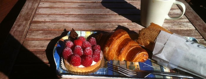 Rahier Patisserie is one of Locais curtidos por Candiola.