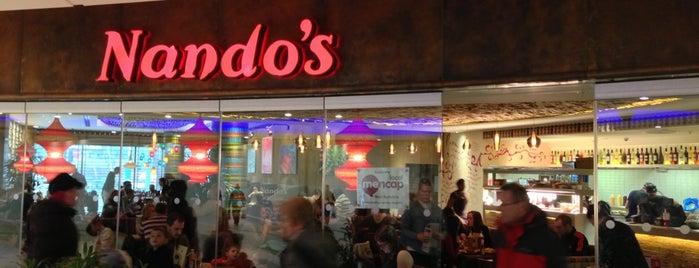 Nando's is one of Lugares favoritos de Lewin.
