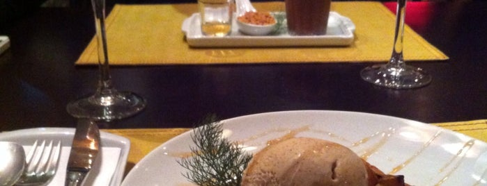 Restaurante Dona Carolina is one of Posti che sono piaciuti a Érica.