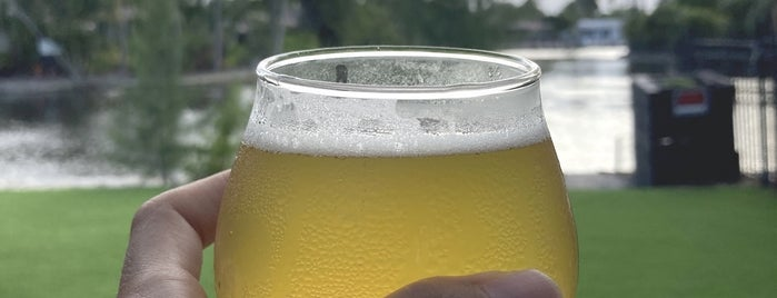 Craft Beer Cellar is one of Ft laud drinks.