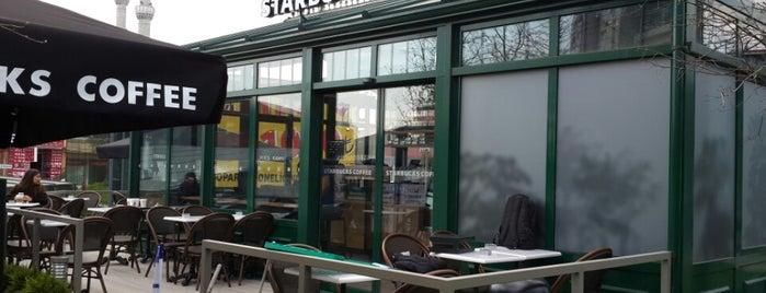 Starbucks is one of Orte, die Burak gefallen.