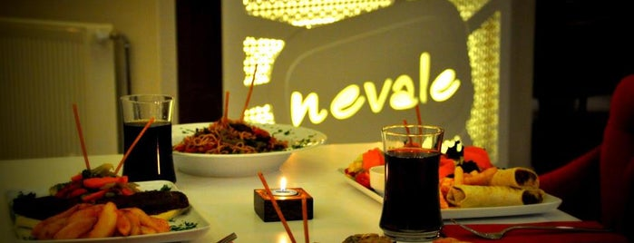 Nevale Cafe & Restaurant is one of Posti che sono piaciuti a Ahmet Rıza.