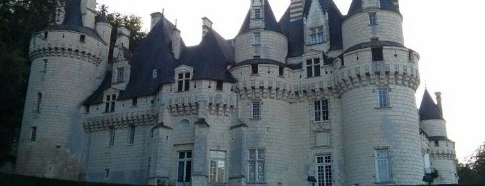 Château d'Ussé is one of Châteaux de la Loire.