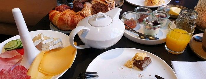 Restaurant Damianz is one of Lieux qui ont plu à Ton.