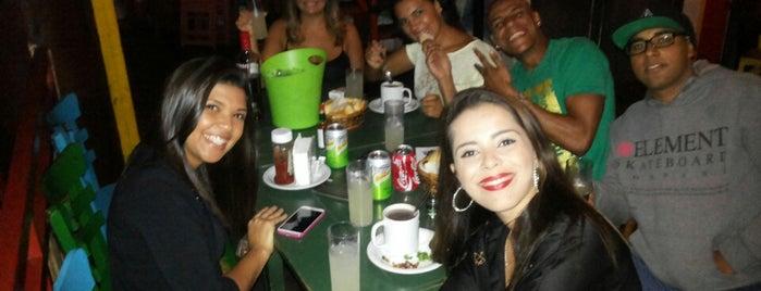 Favela is one of Tempat yang Disukai Rodrigo.
