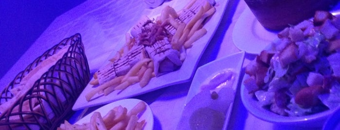 مطاعم جيلان | Gilan is one of Lieux qui ont plu à Abdullah.